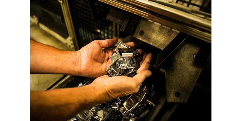 Процесс создания зажигалки Zippo